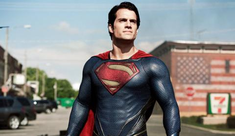 Henry-Cavill-in-Man-of-Steel-2013-Movie-Image1-600x372.jpg