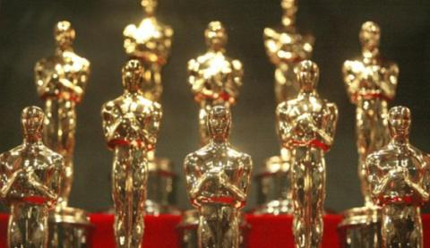 how-social-tv-is-taking-over-the-oscars-and-how-you-can-win-contest--d89ea1cd84.jpg