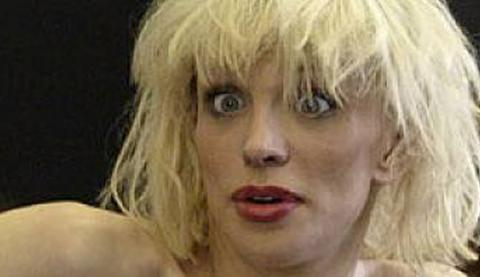courtney-love-drunk.jpg