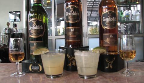 DRINKS_Glenfiddich_WhiskeySour.jpg
